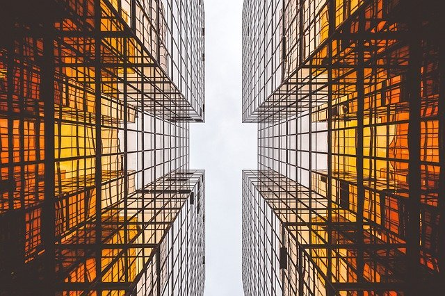 51e6dd474950b10ff3d8992cc52036761d39c3e4565874417c2779d393 640 construction - 5 Ways Information Technology in Construction is More Important Than Ever