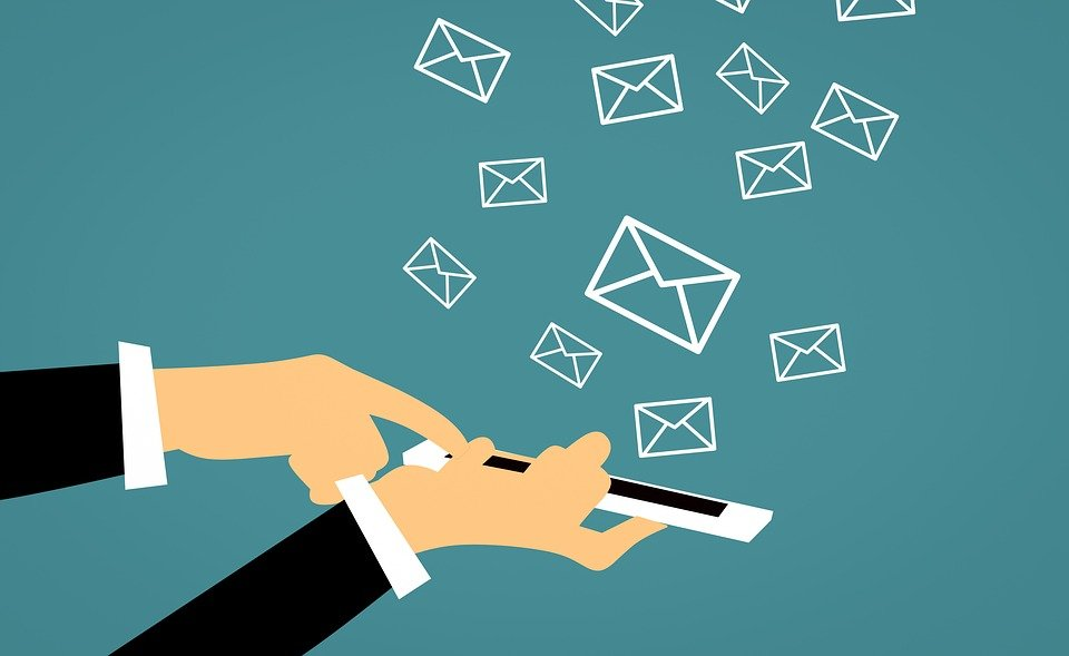 email 3543958 960 7201 - 6 SMS Marketing Tips To Try In 2021